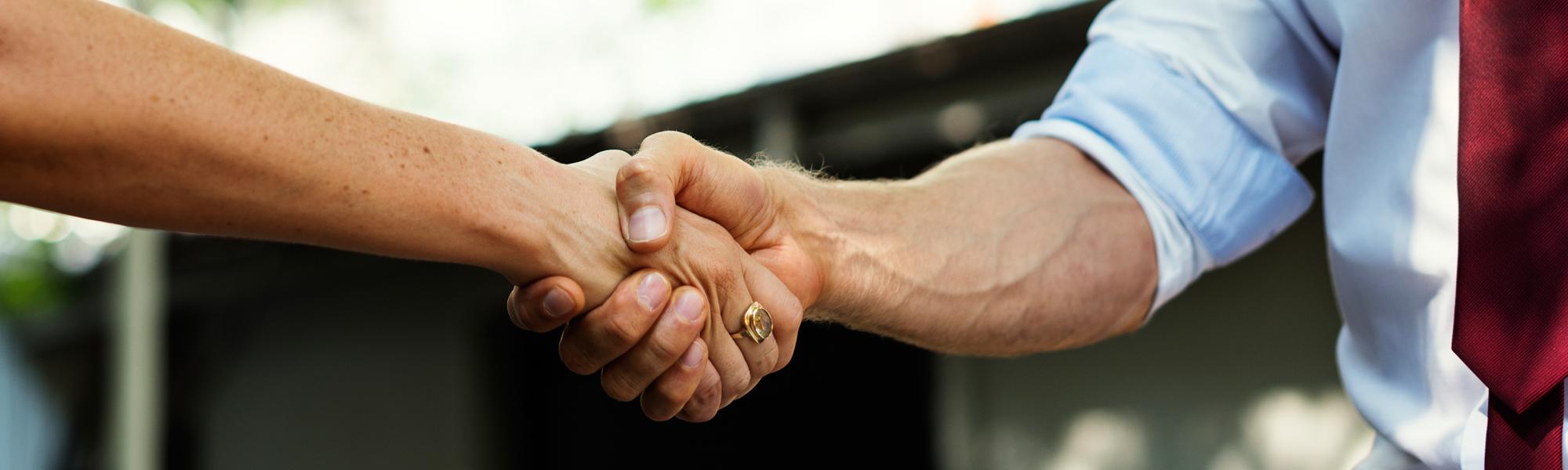 Parteneriat între facultatea REI și INACO