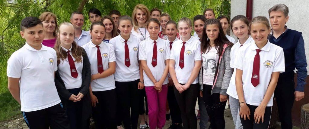 INACO a donat o imprimantă 3D tinerilor de la Școala Profesională din comuna Fântânele, județul Iași
